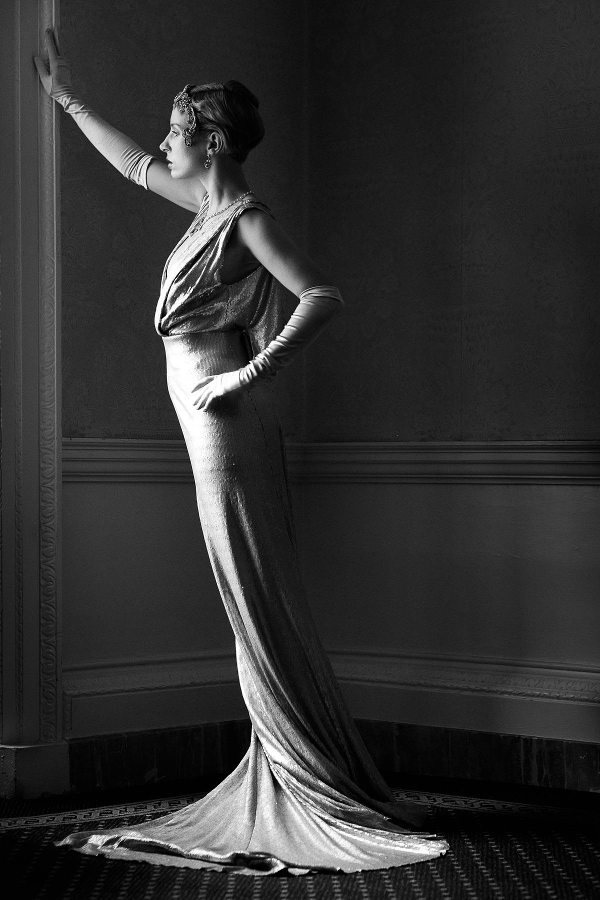 Mina Renoir at Clifton Hill House - Monochrome