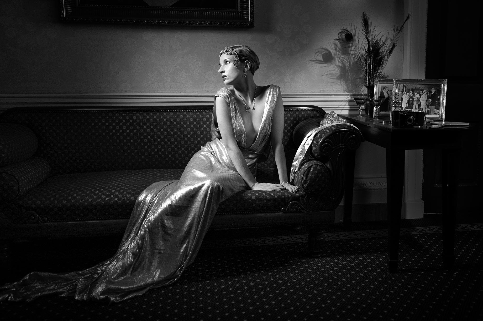Mina Renoir in Clifton Hill House, monochrome